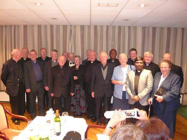 P1030882.JPG-Clergy-Night